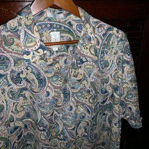 Vintage paisley short sleeve button down shirt GUC